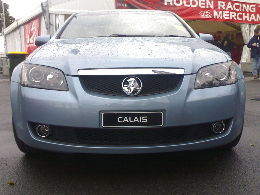 File2006 holden calais ve my07 sedan 2006 09 03g other resolutions 320 240 pixels 640 480 pixels vanachro Choice Image