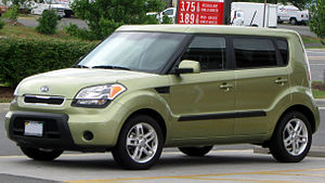 2010-2011 Kia Soul photographed in Chantilly, ...