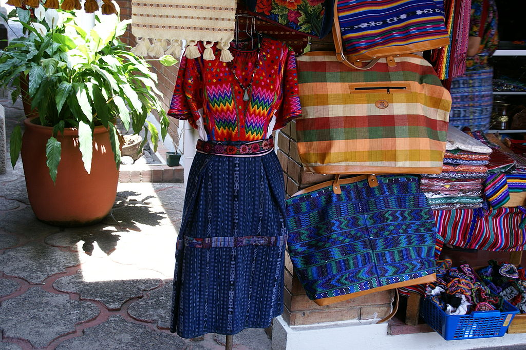 dating in guatemala city Summer denotes the period between february and may, when the temperature during the day in guatemala city often reaches into the 80s.