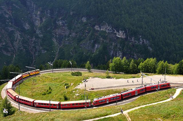レーティッシュ鉄道アルブラ線・ベルニナ線と周辺の景観の画像 p1_2