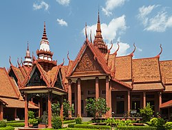 2016 Phnom Penh, Muzeum Narodowe Kambodży (07).jpg