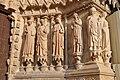 2016 statues nde la façade de la cathédrales de Reims, soleil couchant.jpg