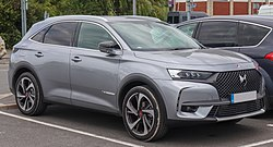 2018 DS 7 Crossback PERFORMANCE Line PureTech 1.6 Front.jpg