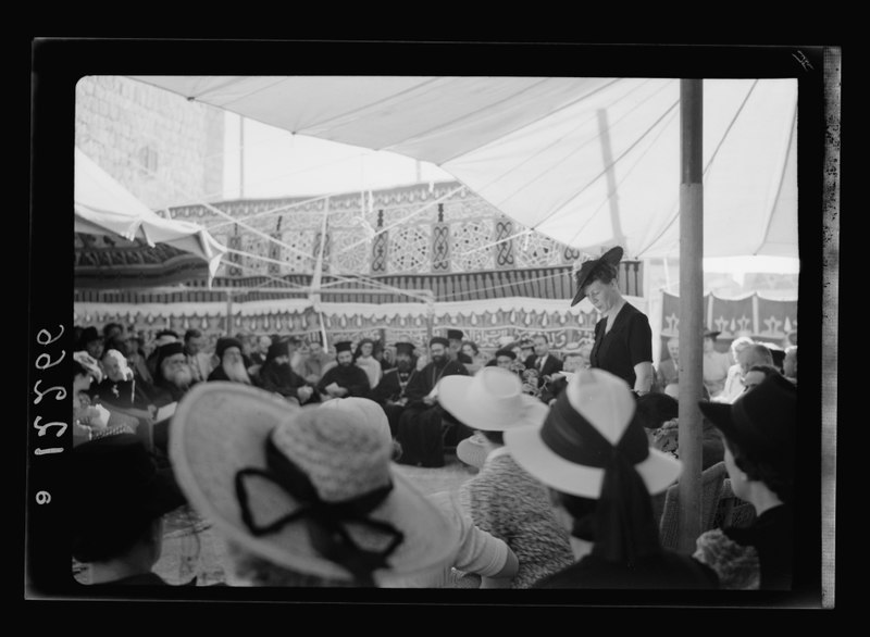 File:60th Anniversary of A.C. (i.e., American Colony) in Jer. (i.e., Jerusalem) Mrs. Macpherson speaking in the chair LOC matpc.21490.tif