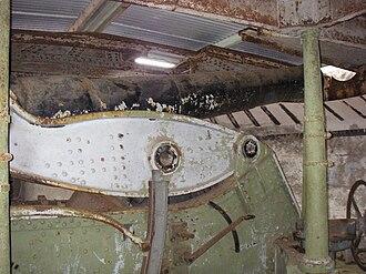 Ripapa Island - 8-inch Armstrong gun mechanism.