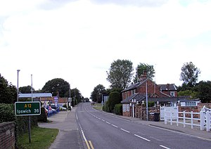 A12 road (England) - Image: A12 London Road, Wrentham crop