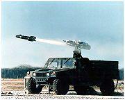 الصاروخ الموجه الامريكي هيلفاير 180px-AGM-114HellfireHMMWV