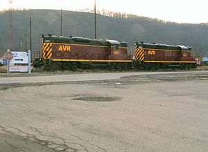 Allegheny Valley Railroad - Diesels in Glenwood