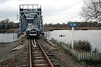 AX ZIM Railcar SBug Bridge 20061105.jpg