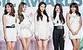 A Pink at 2014 Melon Music Awards red carpet, 13 November 2014 01.jpg