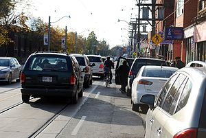 Cycling in Toronto - As a cyclist in Toronto you have to be aware of motorists opening car-doors in your path