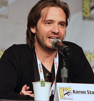 12 Monkeys - Actor Aaron Stanford, who portrays the role of James Cole in the television adaptation.
