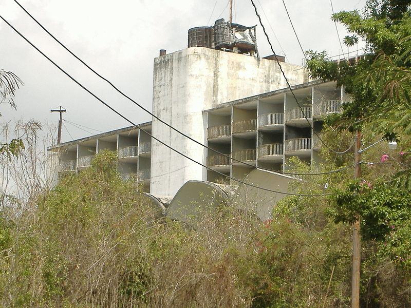 File:Abandoned Intercontinental Hotel, Ponce.JPG