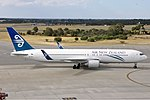 Air New Zealand Boeing 767-300 PER Koch.jpg