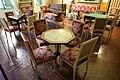 Ajaccio, maison bonaparte, salone con mobilio luigi xvi (sedute), del direttorio (tavolini) e secondo impero (guéridon) 05.jpg