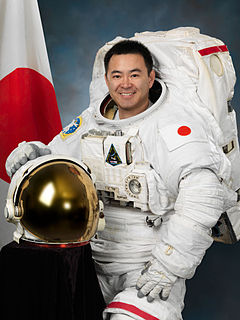 Akihiko Hoshide Japanese engineer and JAXA astronaut