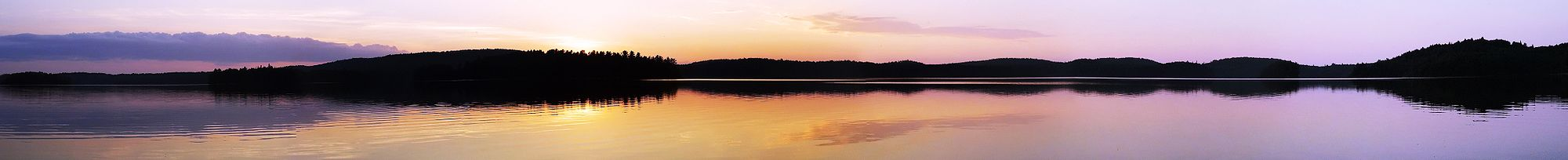 Algonquin Sunset Panorama.jpg