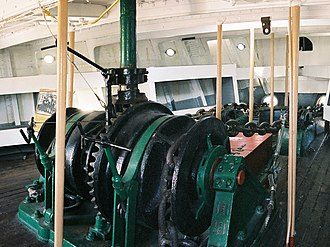 Balclutha (1886) - Image: Anchor Windlass