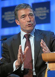 225px Anders Fogh Rasmussen   World Economic Forum Annual Meeting Davos 2008 Γενικός Γραμματέας του ΝΑΤΟ : Τα Σκόπια θα μπουν μόνο εφόσον λυθεί το ζήτημα της ονομασίας