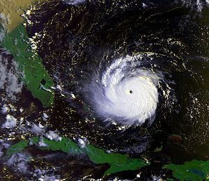 1992 Atlantic hurricane season - Image: Andrew 23 aug 1992 1231Z
