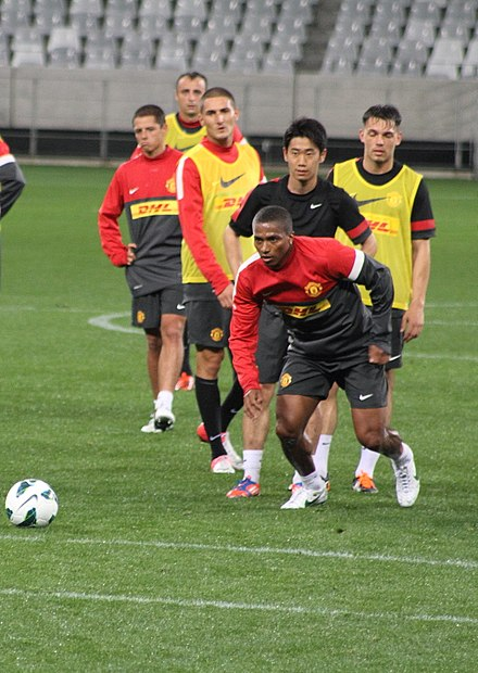 Valencia in training on a pre-season tour of South Africa in July 2012 Antonio Valencia and Shinji Kagawa, 2012.jpg