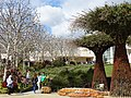 Architectural Detail - The Getty Center - Los Angeles - California - USA - 04 (46447746524).jpg