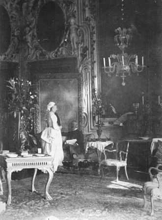 Daniel Sargent Curtis - Ariana and Daniel Curtis in the Salone of the Palazzo, c. 1888