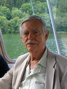 Arp&grandsons.2008 (cropped).jpg