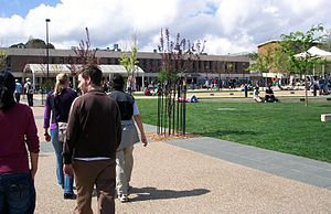 Australian National University at lunch time, April 2006.jpg