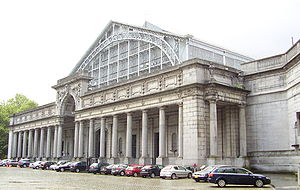 Autoworld (museum) - The South Hall of the Cinquantenaire complex, also called Palais Mondial, houses the Automobile Museum.