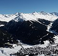 Büelenhorn with Davos as seen from Dorfberg.jpg