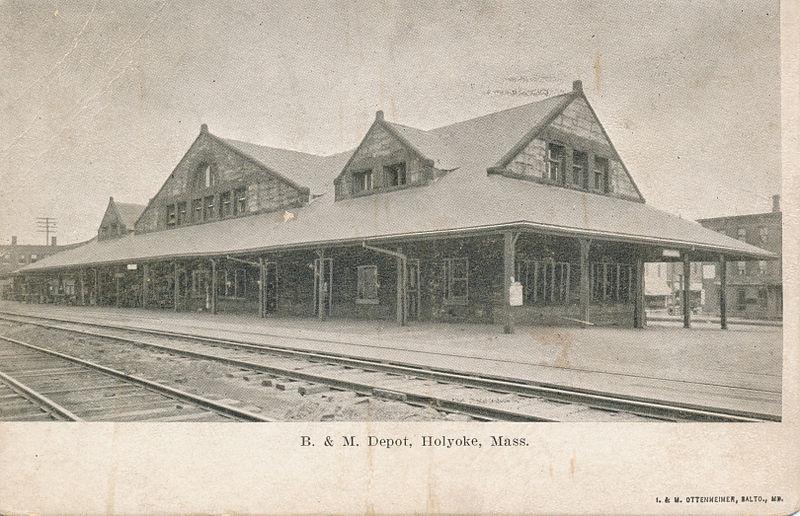 File:B. & M. Depot, Holyoke, Mass.jpg