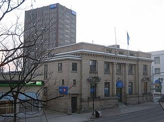 Molson Bank - Image: BMO Molsons Bank Waterloo