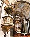 Baja, belvárosi római katolikus templom belső tere 2021 06.jpg