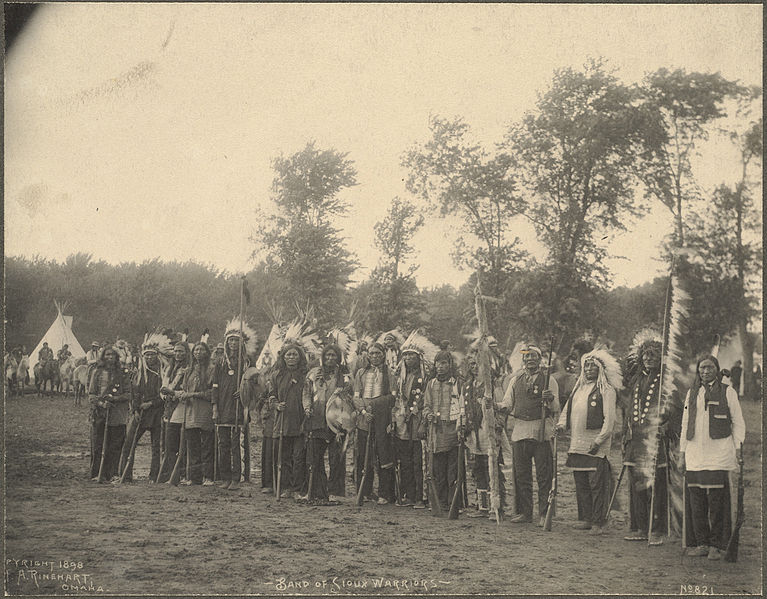 File:Band of Sioux Warriors.jpg