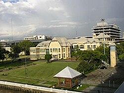 Bangkhunprom Palace.JPG
