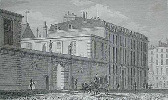 Hôtel de Toulouse - View of the front entrance of the Hôtel de Toulouse