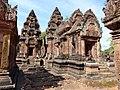 Banteay Srei 33.jpg