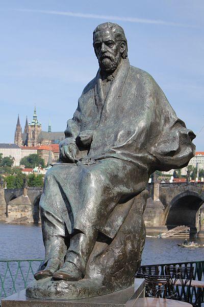 File:Bedřich Smetana (Novotného lávka).jpg