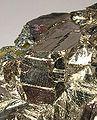 Bismuth-Bismuthinite-mrz344c.jpg