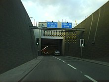 Blackwall tunnel southern portal.jpg