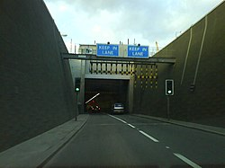 Blackwall Tunnel - Wikipedia, the free encyclopedia
