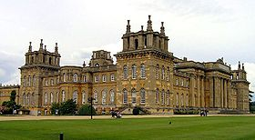 Blenheim Palace 2006 cropped.jpg