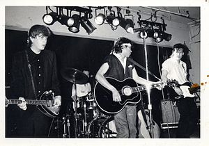 BoDeans - BoDeans in 1986 (left to right: Bob Griffin, Guy Hoffman, Sam Llanas, Kurt Neumann)