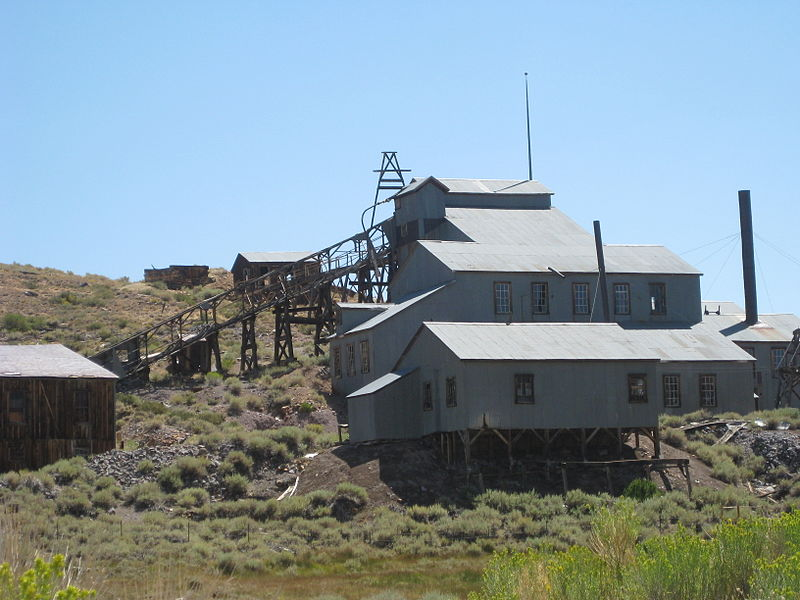 File:Bodie CA - mine building.jpg