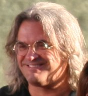 Paul Greengrass en el estreno de The Bourne Ultimatum.
