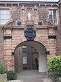 Boxmeer Rijksmonument 10031 Carmelietenklooster, poort.JPG