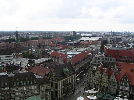 View from the Bremen Cathedral in the direction of the Stephani-Bridge Bremen aerial view 9.JPG