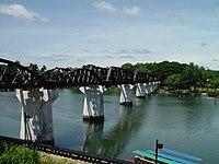 泰緬鉄道 映画『戦場にかける橋』の舞台になったクウエー川鉄橋 画像wikipedia