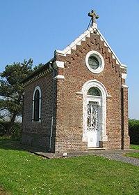 Briquemesnil chapelle à côté du cimetière 1.jpg
